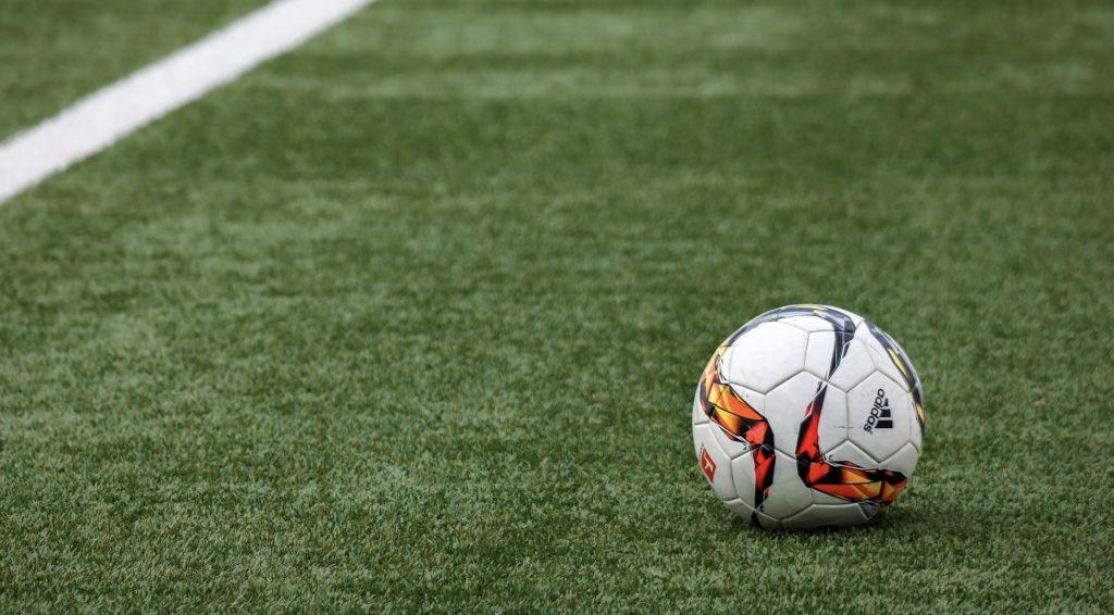 Darmowe mecze w internecie. Transmisje online - 2 grudnia (poniedziałek)