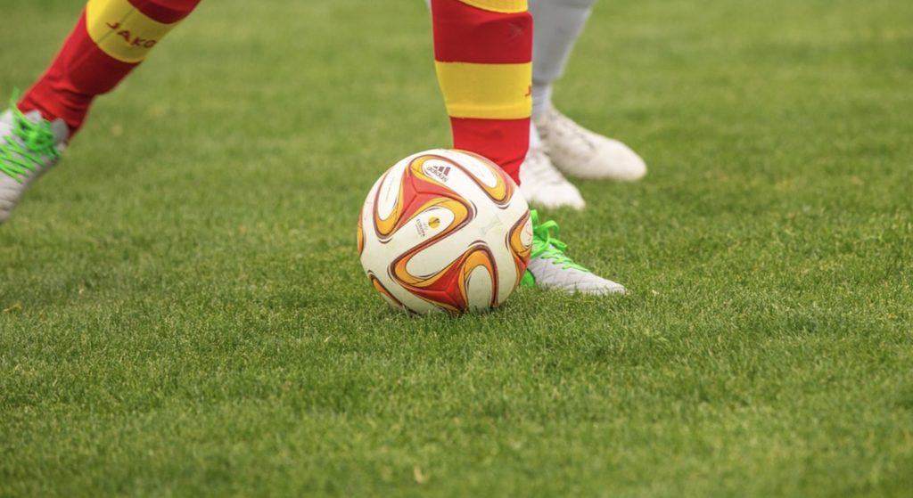 Jakie mecze obejrzeć w weekend (18 i 19 stycznia)? Streamy za darmo, transmisje online