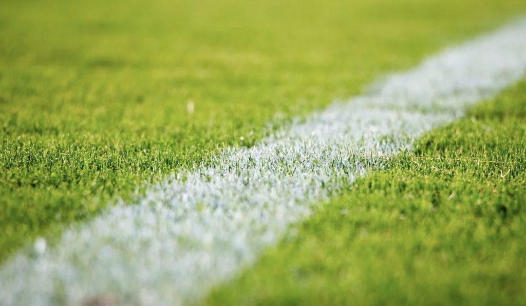 Darmowe mecze w internecie. Lyon - PSG, Juventus - Milan, Lechia - Legia. Plan na 4 marca (środa)